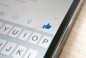 Get user permissions for Facebook Messenger bots